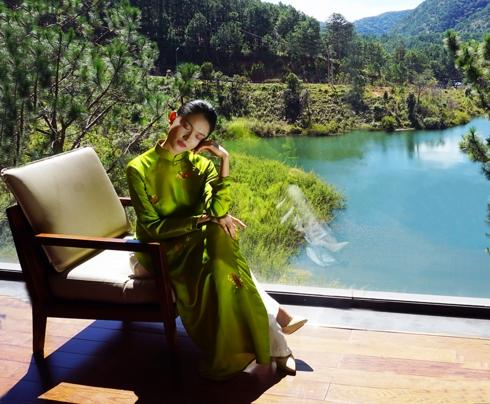 Nhà thiết kế Trịnh Thủy: Đủ tình yêu để theo đuổi áo bông chần